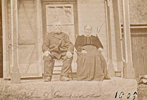 John Anderson. and Margaret McLellan on their front porch in 1909